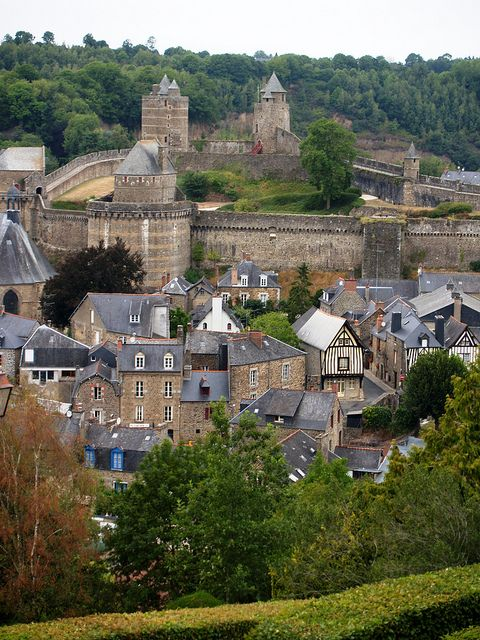 Fougeres 1