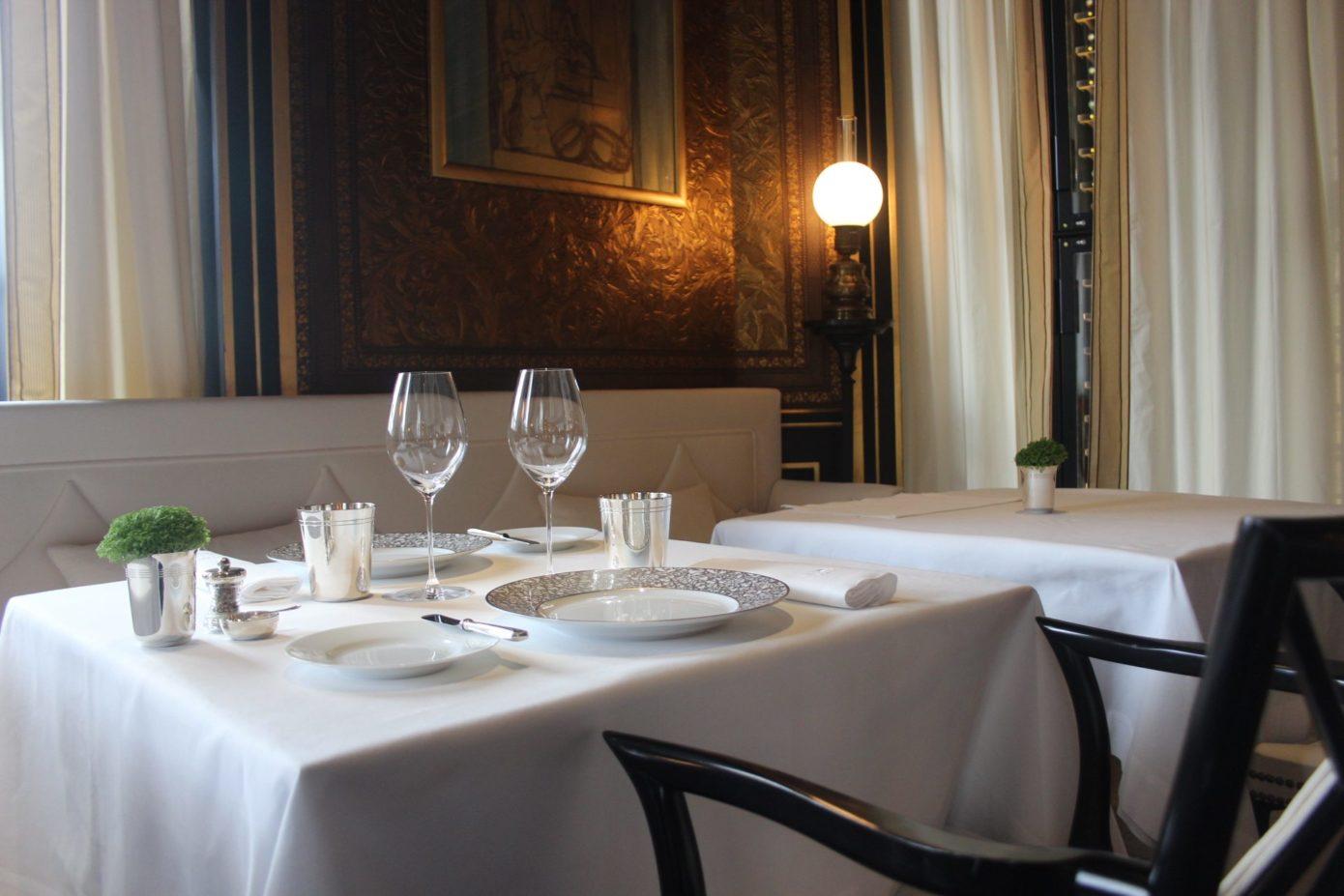 Hotel Gabriel Paris Luxury Dining In Paris La Racserve Hotel Spa Paris Hotel Gabriel